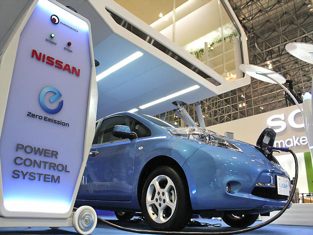 Nissan LEAF ricarica
